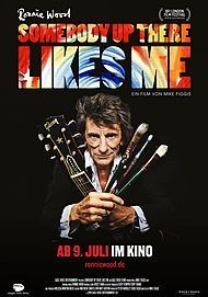 """Filmplakat für """"RONNIE WOOD: SOMEBODY UP THERE LIKES ME"""""""