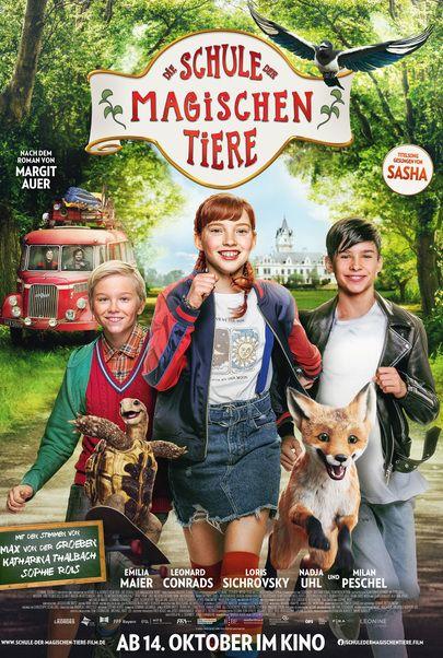 """Movie poster for """"DIE SCHULE DER MAGISCHEN TIERE"""""""